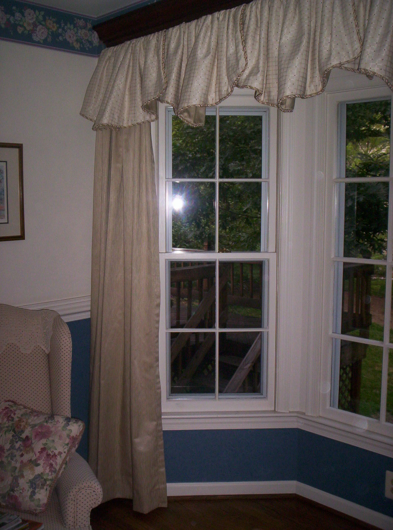 valance and drapes in living room
