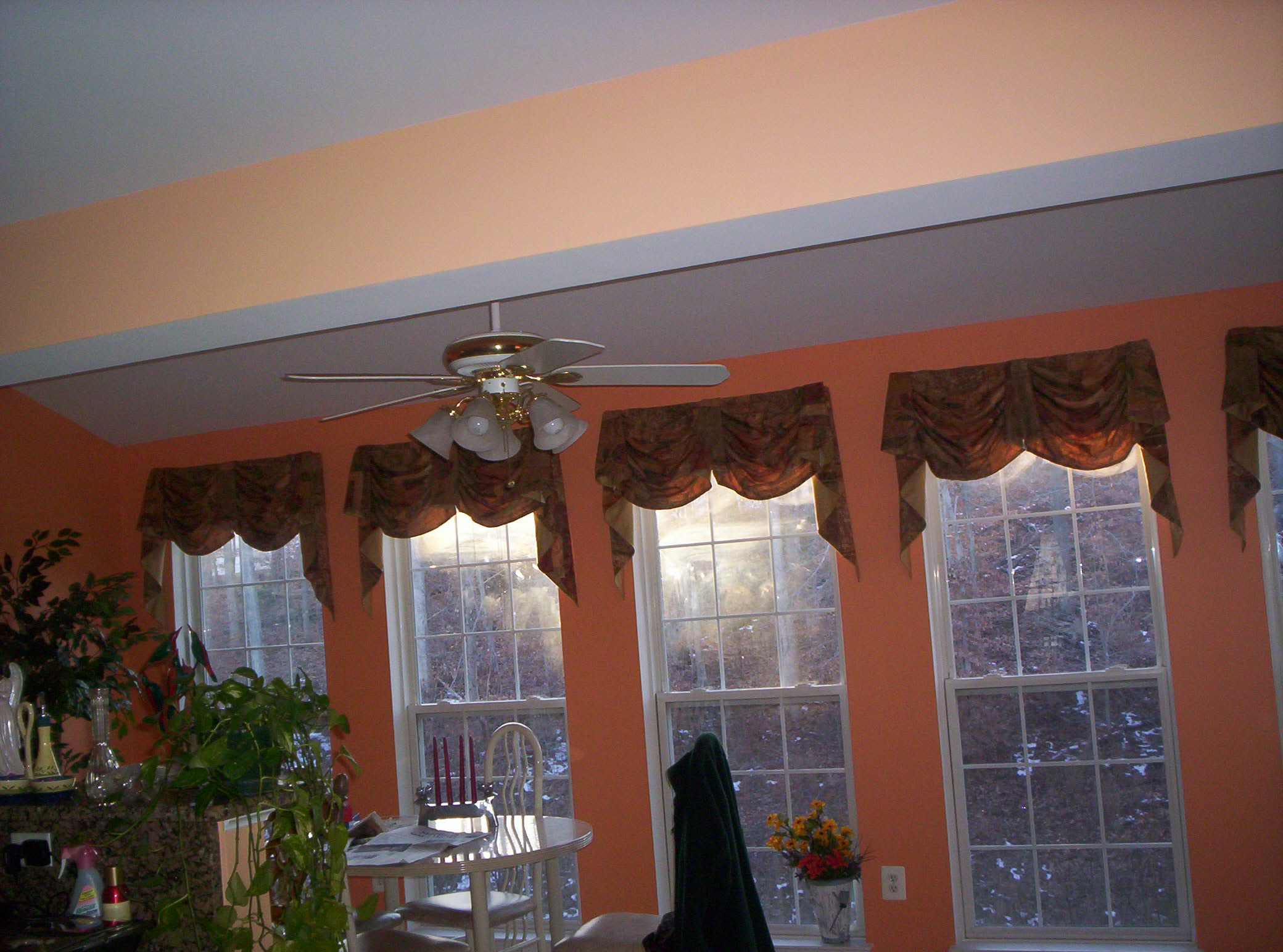 kingston valance in family room